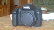 Продаю фотоаппарат Canon 7d с батарейной ручкой
